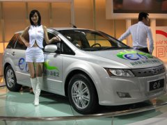 byd-e6-electric-car-002